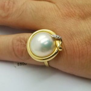 14K Button Pearl Ring with Diamond accents