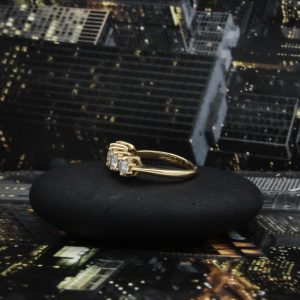 14k gold 5 diamond ring