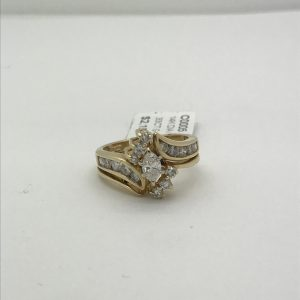 14k egagement style ring with marquise diamond