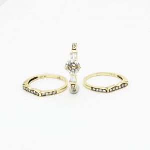 Vintage complete set with 1.00CT Diamond