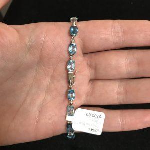 7.5 inch Blue Topaz Bracelet in 14K White Gold