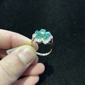 Emerald/Dia Flower Ring