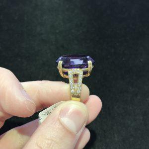 Amethyst/Dia Ring