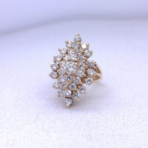 3.50ctw Cocktail ring
