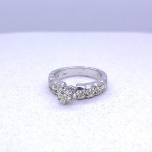 White gold ladies engagement ring with 1.52ctw