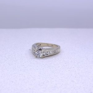 14k white gold ring 1.05ctw