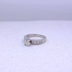 14K white gold engagement ring .92ctw
